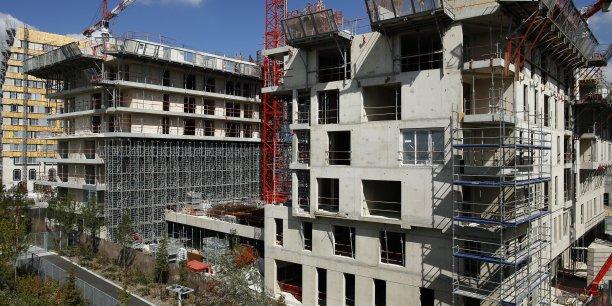 Les taux immobiliers continuent de baisser, les renégociations augmentent